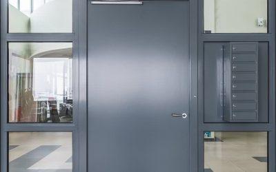 Как да изберем врата за вход или входно пространство?