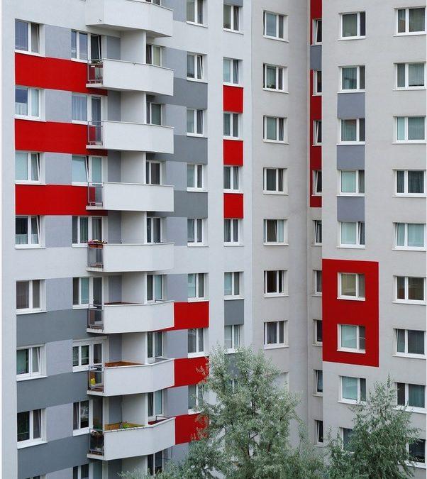 Как да изберем интериорна врата за панелен апартамент?